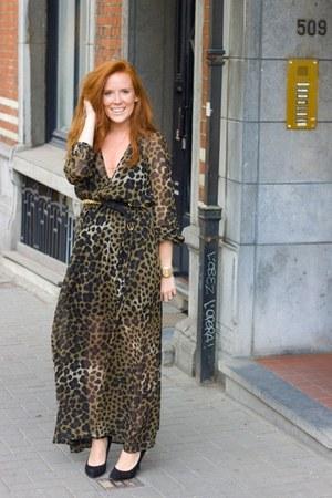 H&M dress - YSL ring - Mango heels - Zara belt