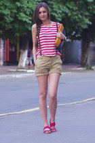 dark khaki Bershka shorts - navy Bershka bag - hot pink Zara sandals