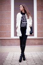 white faux fur Sheinside coat - black Topshop boots