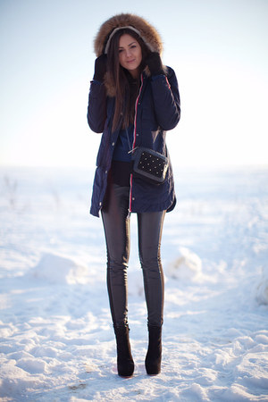 black OASAP boots - navy Sheinside coat - black asos bag - black H&M pants