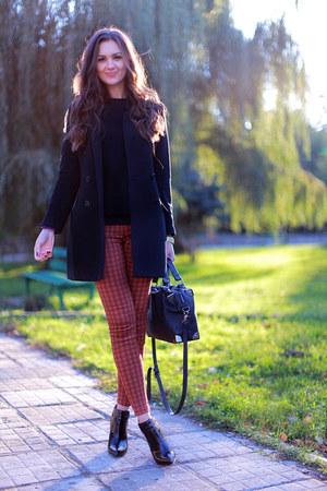 black suede Zara boots - black wool H&M coat - black H&M sweater