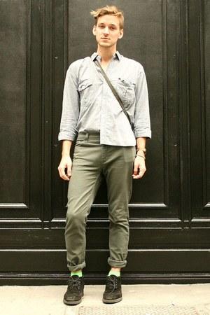black oxfords vintage boots - olive green Levis jeans
