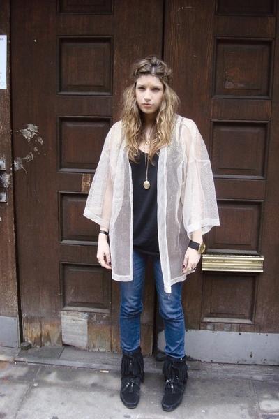 American Apparel top - Uniqlo jeans - vintage shirt - Minnetonka shoes - Urban O