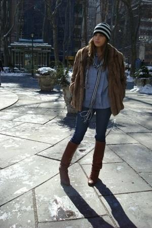 celine vinatge blouse - Uniqlo jeans - Vinatge coat - Vinatge shoes - Vinatge sc