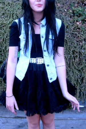 black American Apparel dress - black vintage skirt - white belt - blue diy old v