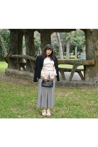 eccobay blouse - saddie river bag - Rocket Dog sandals