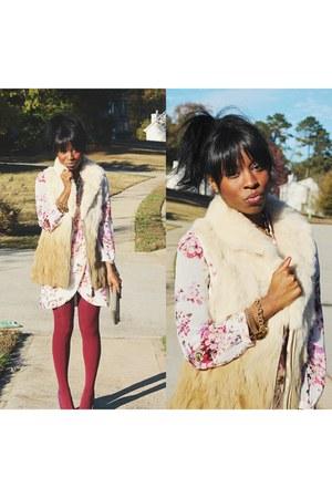 light brown Patrizia vest - peach floral wrap Tobi dress