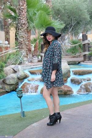 blue Tommy Hilfiger shorts - black floppy hat Forever 21 hat - black heels