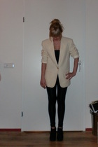 black Only shirt - black Super Trash leggings - white Savannah blazer - black H&