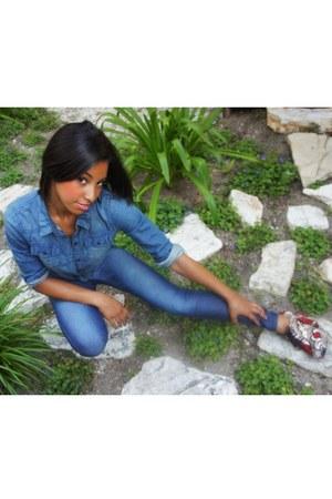 floral Urban Outfitters heels - blue H&M jeans - navy denim shirt H&M shirt