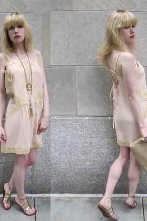 light pink corset Kimchi Blue dress - camel woven Vintage Morris Moskowitz purse