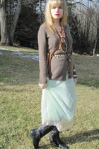 brown sweater - green vintage Evette dress - gold belt - beige vintage necklace