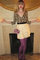 beige Diane Von Furstenberg top - white skirt - pink Les Nereides bracelet - pur