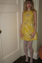 Marc by Marc Jacobs dress - Vintage costume earrings - HUE tights - delman shoes