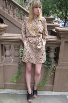 pink See by Chloe dress - gold vintage necklace - gold vintage belt - black Chan