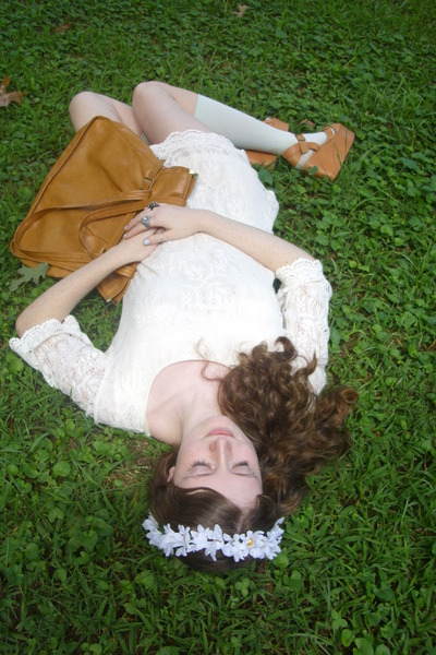 white lace OASAP dress - burnt orange vintage bag