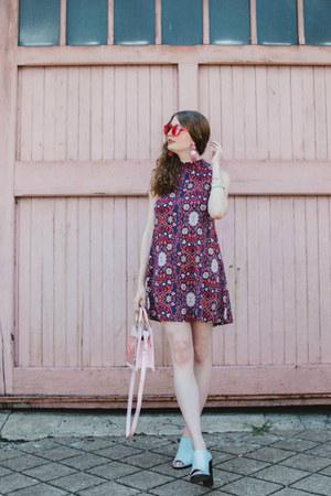 nastygal heels - aviator giant vintage glasses
