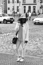 Zara cardigan - Levis jeans - vintage hat - Gap sweater - asos bag