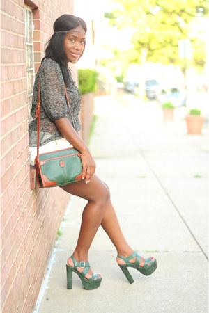 Pour La Victoire shoes - liz claiborne bag - Johnson shorts - Converse blouse