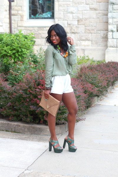 Love Sam shirt - American Apparel shorts - Pour La Victoire sandals