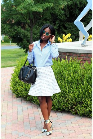 Circus by Sam Edelman shoes - JCrew shirt - Rebecca Minkoff bag - H&M sunglasses
