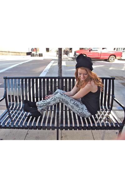 white patterned joes jeans - black beanie Mason by Michelle Mason hat