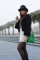 Love dress - storets jacket - VJ-style bag