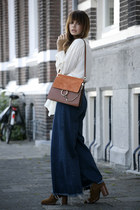FLARED JEANS & CHLOÉ FAYE BAG