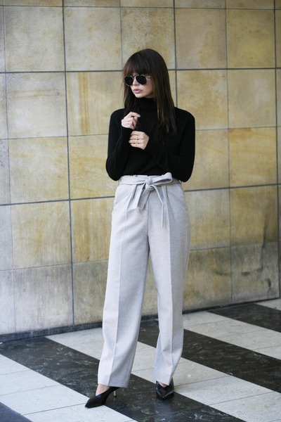 Equipment sweater - Gigi Hadid x Tommy Hilfiger sunglasses - Anecdote pants