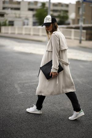 trenchcoat Zara coat - cap Zara hat - clutch GoodNight Macaroon bag