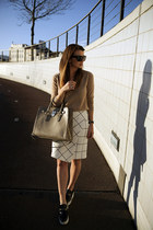 Zara skirt - cashmere v-neck Zara sweater - hamilton Michael Kors bag