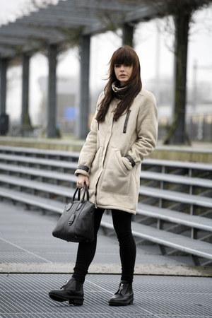 shearling H&M coat