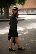 Front Row Shop shoes - Zara dress - H&M hat - balenciaga bag