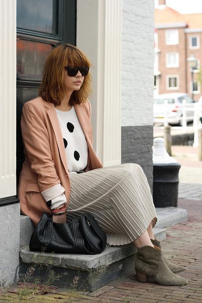 Isabel Marant boots - H&M jumper