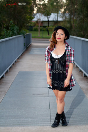 brick red checkered Zara shirt - black Glassons dress - black Converse sneakers