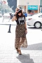tan asos boots - black Zara top