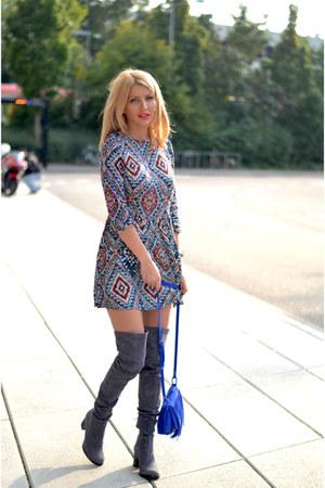gray MARC CAIN boots - brick red Glamorous dress - blue Promod bag