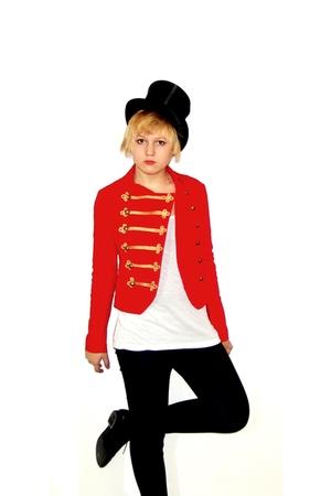 red H&M jacket - black vintage hat - black H&M shoes
