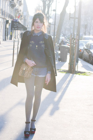navy BLANCO shirt - black Claudie Pierlot coat - Topshop bag - navy Levis shorts