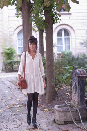 brown Zara bag - beige asos dress