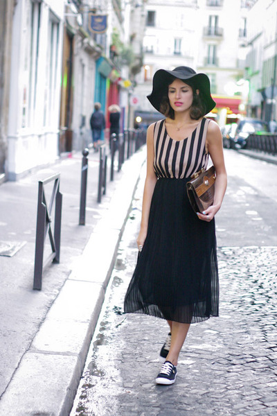 black Faguo sneakers - black Queens Wardrobe dress - black Zara hat