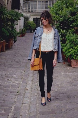 black Levis jeans - sky blue vintage jacket - gold my suelly bag - ivory H&M ves