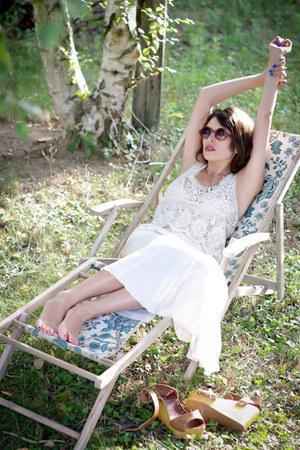 ivory Zara top - ivory vintage skirt - camel ASH wedges - camel H&M glasses