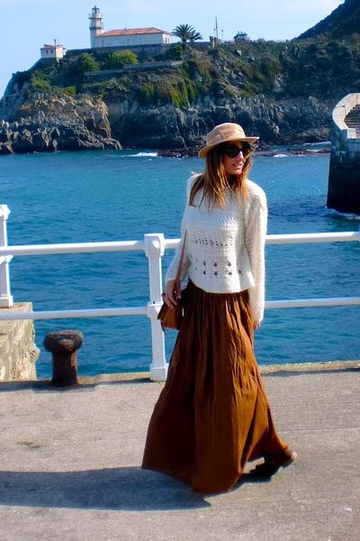 camel Zara boots - camel vintage hat - ivory Zara sweater - brown vintage bag