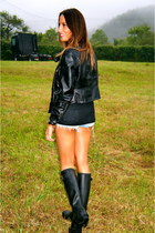 black Hunter boots - black Zara jacket - light blue Levis shorts