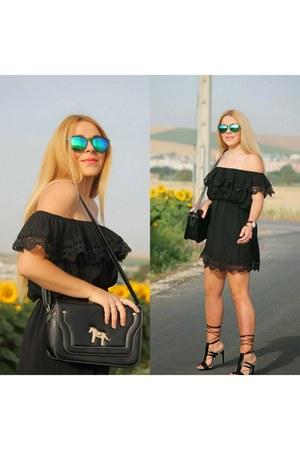 black DressLink dress