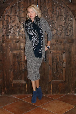 navy booties Aldo boots - charcoal gray midi Forever 21 dress