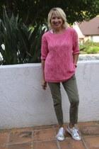 bubble gum cotton Zara sweater - olive green cargo JCrew pants