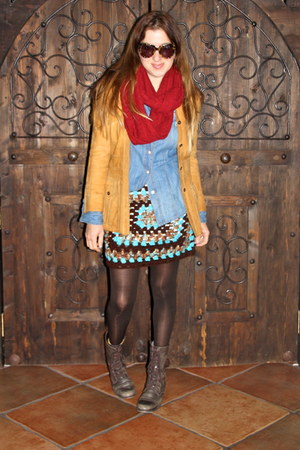 brown crochet Hand Made skirt - dark brown Steve Madden boots