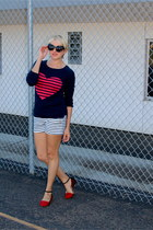 maroon C Wonder sweater - navy striped Zara shorts